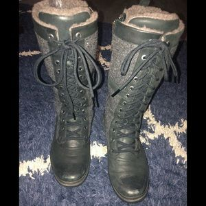 Ugg Women Elvia Waterproof Boots